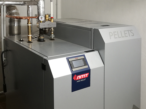 Referenzanlage NMT- Kombikessel HVG-PELLET eingebaut vom NMT-Fachtpartner Böttcher Haustechnik in Kolkwitz